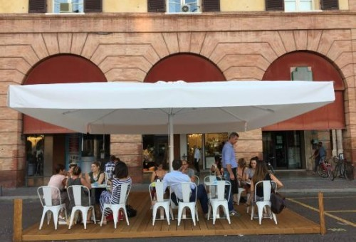 Cafes and Restaurants 4