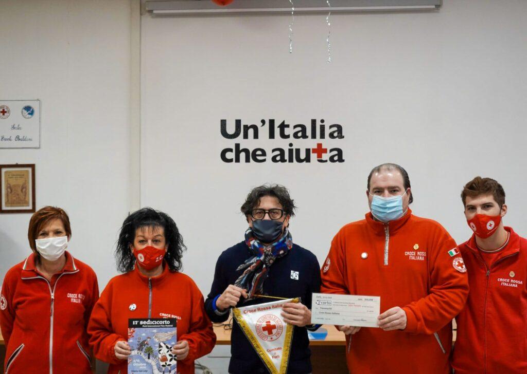 Promessa a Jafar Panahi mantenuta: donazione alla Croce Rossa Italiana